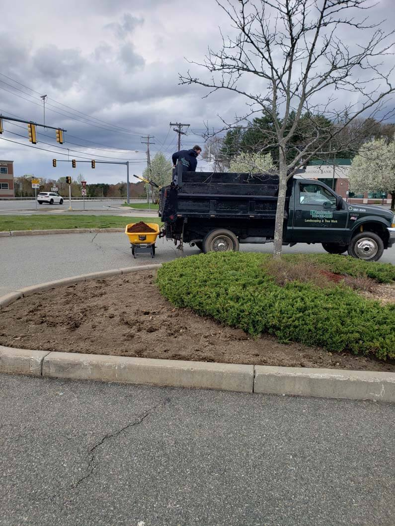 Ruby Tuesdays in Taunton, MA Mulching Job-1